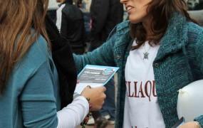 En el día Nacional de la Celiaquía, la Secretaría de Salud del Municipio entregó folletos explicativos en la Plaza San Miguel