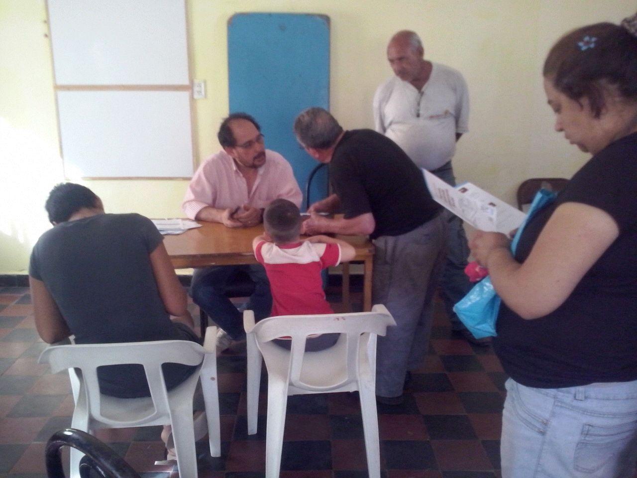 Charla informativa en el Barrio Rosa Mística