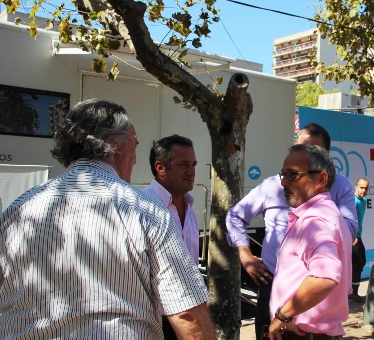 Se relanzó la campaña preventiva contra el cáncer de mama con un tráiler de Salud que recorre los barrios de San Miguel
