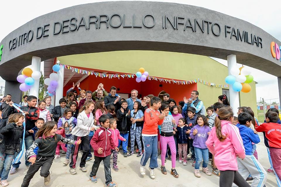 Inauguración barrio El Polo
