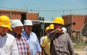 Los terrenos donde se están llevando a cabo las construcciones están ubicados entre los barrios Mitre, Parque La Luz y Trujui