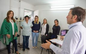 María Eugenia Vidal y Jaime Méndez recorrieron Centros de Salud